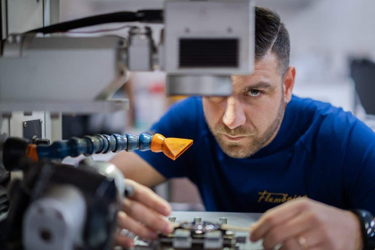 laboratorio orafo roma laser incisioni gioielli personalizzati