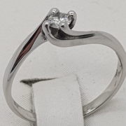 anello-solitario-4-griffes