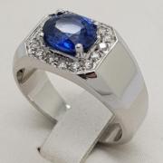 anello-zaffiro-brillanti-incassatura-incasonatura-oro-laboratorio-orafo-roma-flambojan