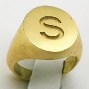 anello-sigillo-oro-giallo-gioielli-personalizzati-orafo-roma-flambojan