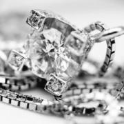 punto-luce-cascata-di-diamanti-emozioni-gioielli-by-flambojan